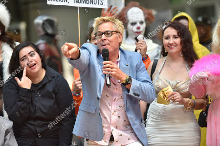Stock Picture of Kato Kaelin interacts with fans on day two at Wizard World at the Donald E Stephens Convention Center, in Chicago