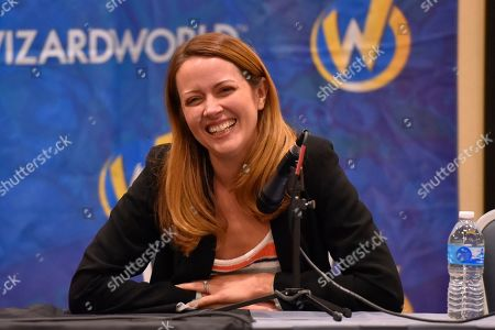 Amy Acker participates during a Q&A panel on day two at Wizard World at the Donald E Stephens Convention Center, in Chicago