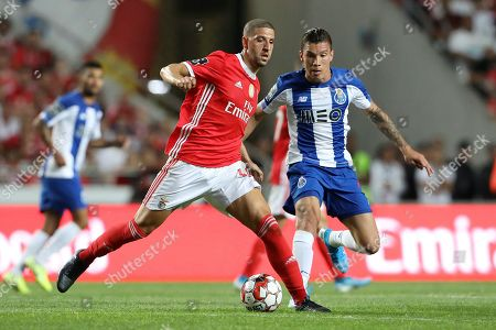 Adel Taarabt of SL Benfica and Matheus Uribe of FC Porto