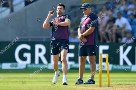 England's James Anderson bowls ahead of the fourth day of the third Specsavers Ashes test match at Headingley, Leeds, UK. Picture by Anthony Devlin
