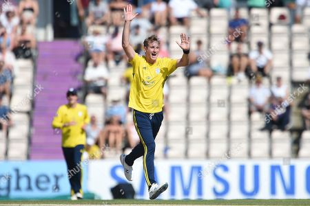 Chris Morris of Hampshire celebrates the wicket of Ryan ten Doeschate during the Vitality T20 Blast South Group match between Hampshire County Cricket Club and Essex Eagles at the Ageas Bowl, Southampton