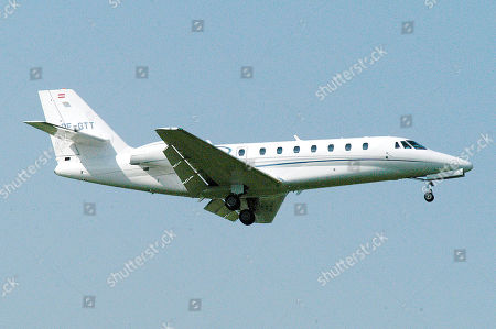 A Cessna 680 Citation Sovereign business jet comes into land. This is the same type of plane belonging to Elton John that Prince Harry and Meghan Markle flew to Nice
