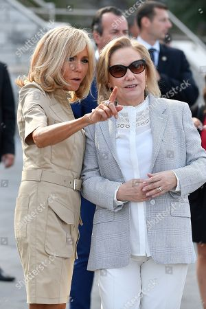 French first lady Brigitte Macron (L) greets Chile's First Lady Cecilia Morel (R) upon her arrival by the Cote des Basques beach as part of the G7 summit, in Biarritz, France, 26 August 2019. The G7 Summit runs from 24 to 26 August in Biarritz.