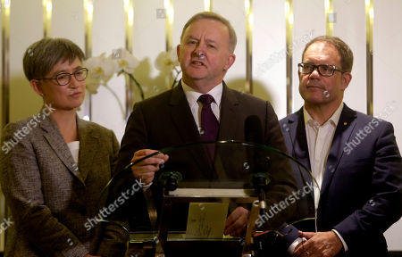Australian Opposition Leader Anthony Albanese (C) accompanied by Australian Senator Penny Wong (L) and Senator Luke Gosling (R) talks to journalists during a press conference in Jakarta, Indonesia, 26 August 2019. Albanese visit Jakarta to discuss ties with Indonesian government.