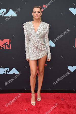 Bregje Heinen arrives at the MTV Video Music Awards at the Prudential Center, in Newark, N.J