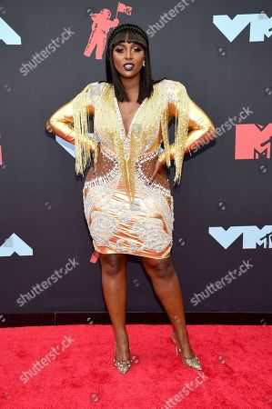 Amara La Negra arrives at the MTV Video Music Awards at the Prudential Center, in Newark, N.J