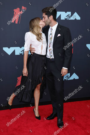 Laura Perlongo and Nev Schulman