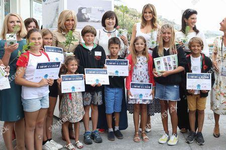 Malgorzata Tusk, Jenny Morrison, Brigitte Macron, Akie Abe, Melania Trump, Adele Malpass visiting Cote des Basques beach in Biarritz