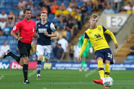 27th August 2019 , Kassam Stadium, Oxford, England; Carabao Cup Football, Second Round, Oxford United vs Millwall  ; Mark Sykes (18) of Oxford  with the ball Credit: Matt O?Connor/News Images English Football League images are subject to DataCo Licence