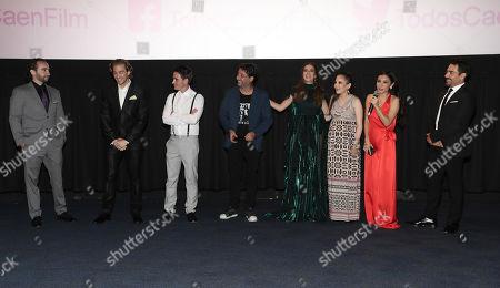 Composer Milo Coello, Eugenio Siller, Santigo Michel, Director Ariel Winograd, Claudia Alvarez, Miri Higareda, Martha Hidgareda and Omar Chaparro