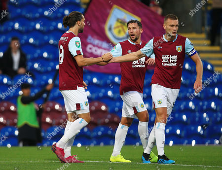 Jay Rodriguez of Burnley celebrates scoring the opening goal with his team-mates