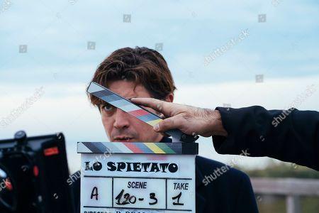 Riccardo Scamarcio as Santo Russo
