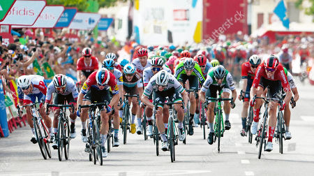 Vuelta19 Stg4 Cullera > El Puig 175kms 1st Fabio JAKOBSEN (Decunick QS) Ned 2nd Sam Bennett (Bora) Ire 3rd Fernando Gaviria,4th Luka Mezgec, 5th Marc Sarreau, 6th Szymon SAJNOK, 7th Edvald Boasson-Hagen