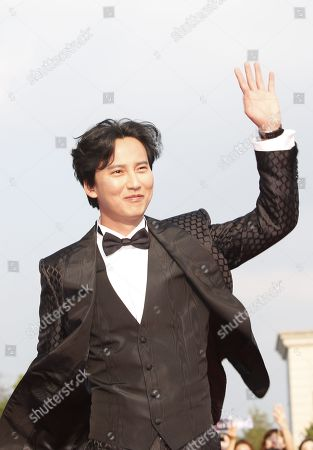 Kim Nam-gil poses while arriving for the 2019 annual Seoul International Drama Awards at Kyunghee University in Seoul, South Korea, 28 August 2019. Seoul Drama Awards is an International TV drama festival. A total of 270 works have been submitted from 61 countries around the world.