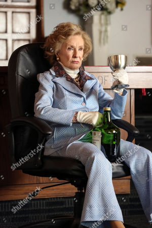 Cloris Leachman as Memaw