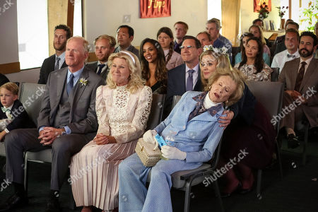 Stock Photo of Ed Begley Jr as John-Paul Bennigan, Alley Mills as Joanna Bennigan, Kate Lambert as Caroline Watson and Cloris Leachman as Memaw