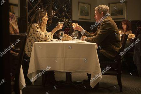 Sarah Jessica Parker as Frances and Thomas Haden Church as Robert