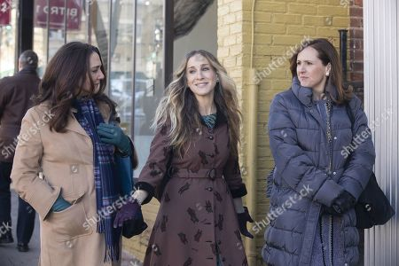 Talia Balsam as Dallas, Sarah Jessica Parker as Frances and Molly Shannon as Diane