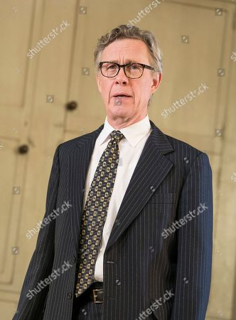 Alex Jennings as MP, Roben Hesketh