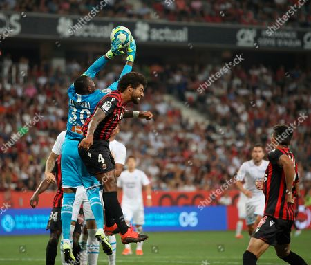 ONE. Marseille's goalkeeper Steve Mandanda reaches for the ball during the French League One soccer match between Nice and Marseille at the Allianz Riviera stadium in Nice, southern France