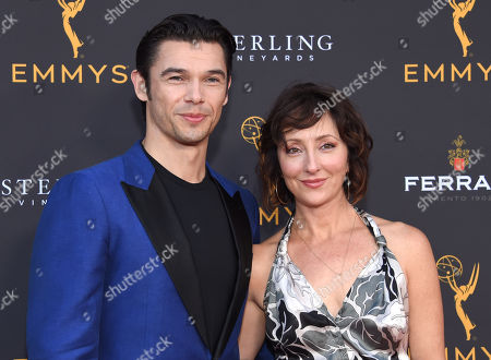 Paul Telfer and Carmen Cusack