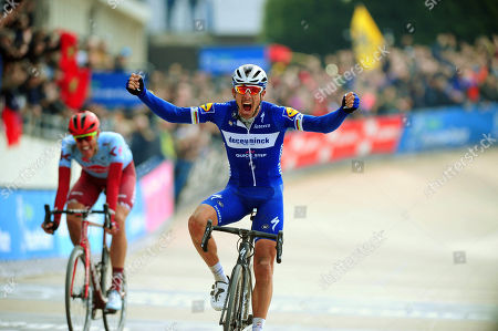 2019 Paris - Roubaix Classic 117th edition: Sunday, April 14, 2019 Compiègne - Roubaix: 257 km 1st Philippe Gilbert (Belgium) Quick-Step Team. 2nd Nils Politt (Katusha Alpecin)