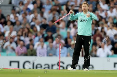 Stock Photo of Gareth Batty of Surrey request a review from the match umpire during Surrey vs Essex Eagles, Vitality Blast T20 Cricket at the Kia Oval on 29th August 2019