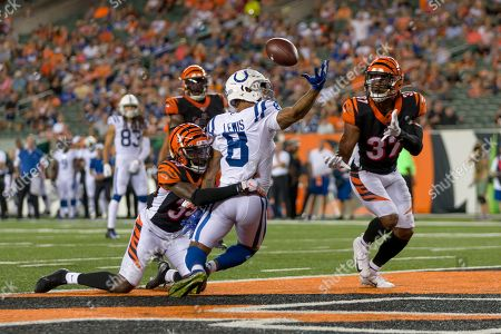 Stock Picture of Cincinnati Bengals cornerback Tony Lippett (39) breaks up a pass intended for Indianapolis Colts wide receiver Roger Lewis (8) during NFL football preseason game action between the Indianapolis Colts and the Cincinnati Bengals at Paul Brown Stadium in Cincinnati, OH