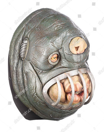 Stock Image of A Vogon soldier puppet head from Garth Jennings' sci-fi comedy The Hitchhiker's Guide to the Galaxy. Estimate: £3000 - £5000.