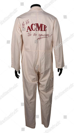 An Acme jumpsuit from Robert Zemeckis' Oscar-winning detective comedy Who Framed Roger Rabbit. Estimate: £300 - £500.