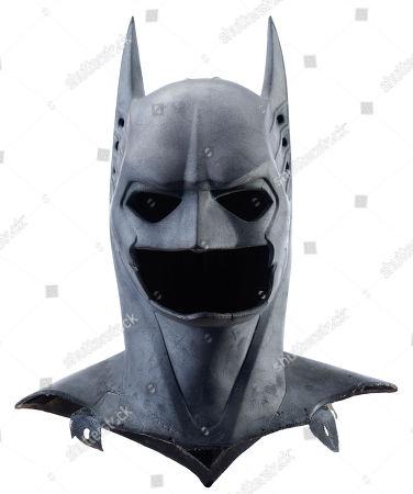 Batman's (Val Kilmer) sonar-suit Batcowl from Joel Schumacher's superhero sequel Batman Forever. Estimate: £8000 - £10000.