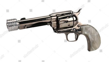 """Bill's (David Carradine) hero custom EMF Hartford """"Pinkerton"""" pistol from Quentin Tarantino's revenge thriller double-bill Kill Bill: Vol. Estimate: £6000 - £8000."""