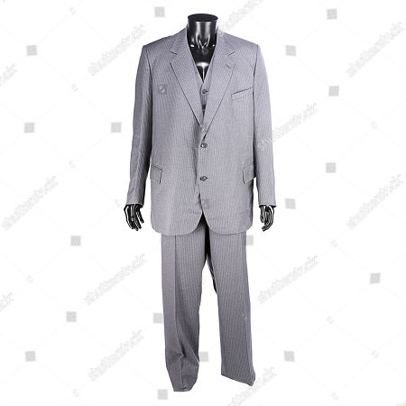 Blofeld's (Max von Sydow) three-piece suit from Irvin Kershner's Bond movie Never Say Never Again. Estimate: £1000 - £1500.