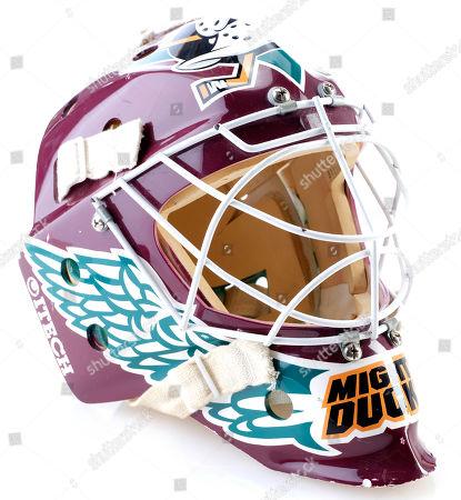 Stock Image of Goldberg's (Shaun Weiss) goalie mask from Sam Weisman's hockey comedy sequel D2: The Mighty Ducks. Estimate: £2000 - £3000.