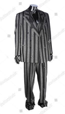 Shreck's (Christopher Walken) striped business suit and bow tie from Tim Burton's superhero sequel Batman Returns. Estimate: £2000 - £3000.