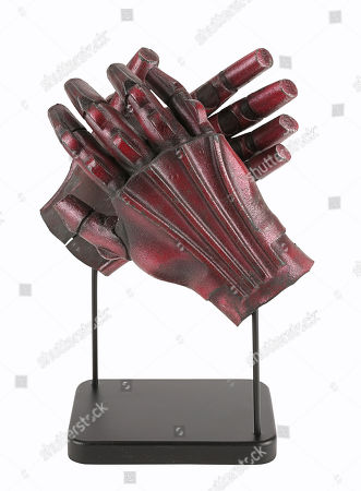 TC series protocol droid hands from George Lucas' Star Wars: The Phantom Menace. Estimate: £4000 - £6000.