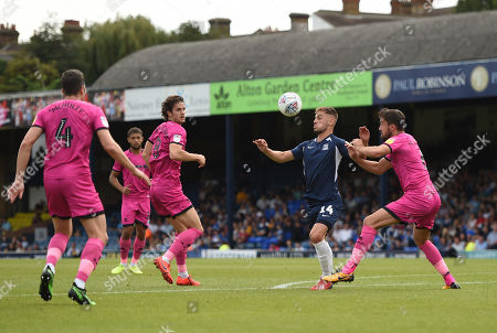 Brandon Goodship of Southend United is surrounded