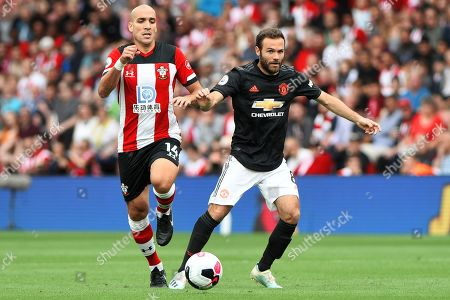 Juan Mata of Manchester United and Oriol Romeu of Southampton - Southampton v Manchester United, Premier League, St Mary's Stadium, Southampton, UK - 31st August 2019