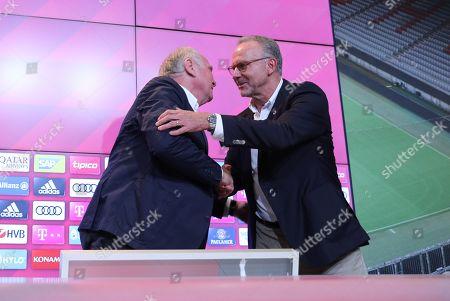 l-r: president Uli Hoeness (FC Bayern Muenchen) and Vorstandsvorsitzender Karl-Heinz Rummenigge (FC Bayern Muenchen) geben sich die Hand and umarmen sich, press conference and Uli Hoeness, FC Bayern Muenchen, press conference, 1.Bundesliga, 30.08.2019