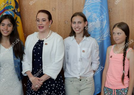Maria Fernanda Espinosa Garces, President of the seventy-third session of the General Assembly, meets with Greta Thunberg, climate activist from Sweden, and Alexandria Villasenor and Xiye Bastida, climate activists from the United States.