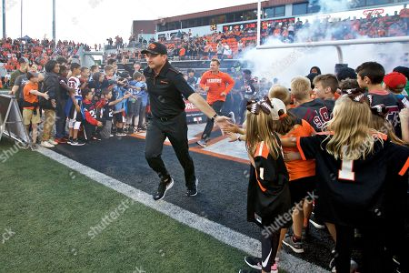 Oregon State Beavers head coach Jonathan Smith during an NCAA football game on in Corvallis, Ore
