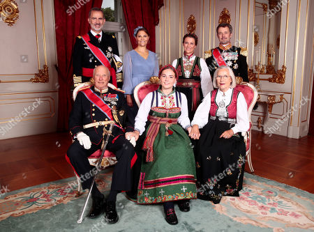 Norway's Princess Ingrid Alexandra poses with her godparents (rear, L-R) King Felipe VI of Spain, Crown Princess Victoria of Sweden, Princess Martha Louise, and Crown Prince Frederik of Denmark, (front, L-R) King Harald, Princess Ingrid Alexandra, and Marit Tjessen in the Royal Palace in Oslo, Norway, 31 August 2019. The 15-year-old daugther of of Crown Prince Haakon and Princess Mette-Marit was confirmed in the Palace Chapel after she has followed the confirmation teaching in the Asker congregation. Princess Ingrid Alexandra is second-in-line to the Norwegian throne after her father.