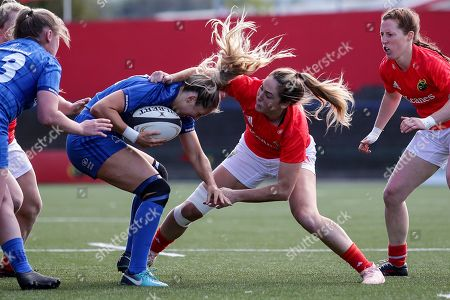 Munster Women vs Leinster Women. Leinster's Megan Williams is tackled by Eimear Considine of Munster