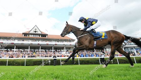 Al Rasmah and Tony Hamilton win the Sportpesa /EBF Fillies Conditions Stakes at Chester.