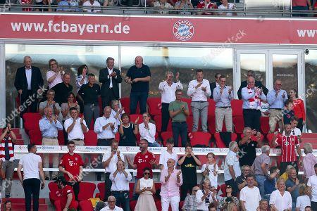 auf Ehrentribuene, president Uli Hoeness (FC Bayern Muenchen), stellvertretenden Vorstandsvorsitzenden Jan-Christian Dreesen (FC Bayern Muenchen), Vorstandsvorsitzender Karl-Heinz Rummenigge (FC Bayern Muenchen), Herbert Hainer, FC Bayern Muenchen vs. 1. FSV Mainz 05, Football, 1.Bundesliga, 31.08.2019, DFB regulations prohibit any use of photographs as image sequences and/or quasi-video