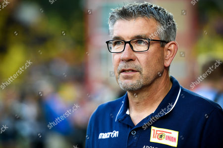 Union's head coach Urs Fischer reacts during the German Bundesliga soccer match between 1. FC Union Berlin and Borussia Dortmund in Berlin, Germany, 31 August 2019.
