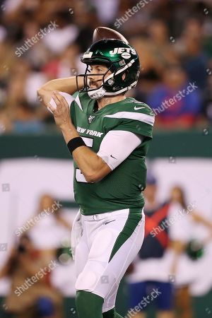 New York Jets quarterback Davis Webb (5) makes a pass during the second half of a preseason NFL football game against the Philadelphia Eagles, in East Rutherford, N.J. The New York Jets won 6-0