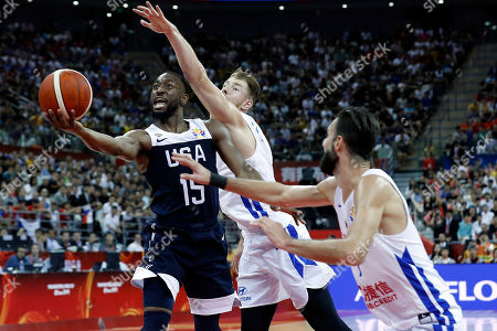 Kemba Walker of USA (L) in action during the FIBA Basketball World Cup 2019 group E first ?round? match between Czech Republic and USA in Shanghai, China, 01 September 2019.