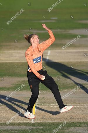 Danielle Wyatt of Southern Vipers bowling during the Kia Women's Cricket Super League Final match between Western Storm and Southern Vipers at the 1st Central County Ground, Hove