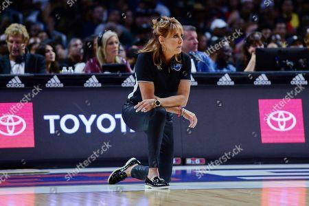 Power coach Nancy Lieberman